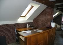 montaż i obróbka okna dachowego