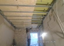 wykonanie ocieplenia i konstrukcji pod sufit podwieszany z płyt G-K